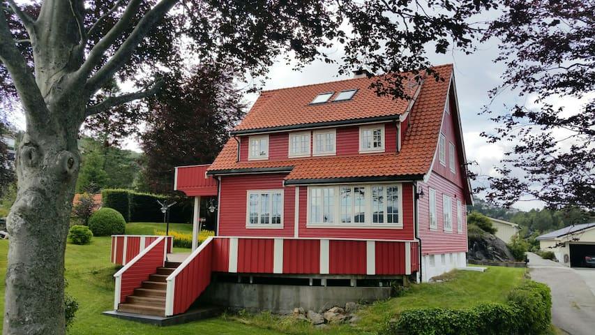 Postbakken 30 - Askøy - Casa