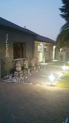 Siesta Guest House - Alberton - Bed & Breakfast