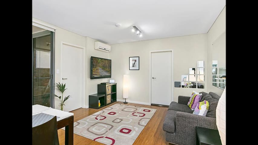 Great Sydney Location in Quiet Area - Potts Point - Appartement