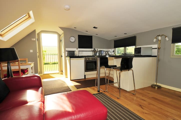 Wenlock Edge Apartment-described as a Hidden Gem