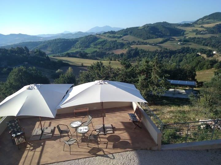 Green B&B Urbino - Ca' del vento Camera con vista🌍
