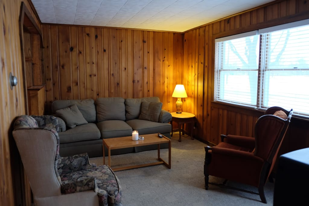 In town clean condo walk to everything condominiums for Porto austin cabin rentals