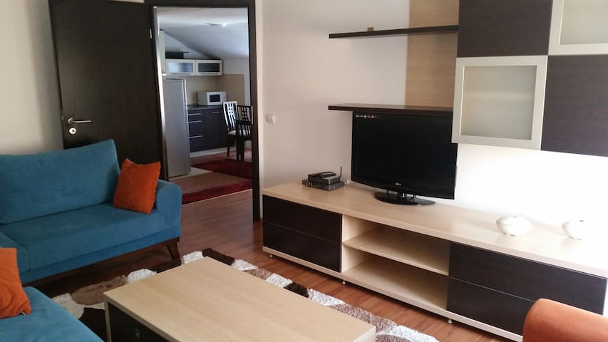 Center Apartment - Prishtinë - Apartment