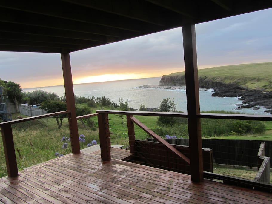 Absolute ocean front cottage case in affitto a kiama for Piani casa del sud del cottage