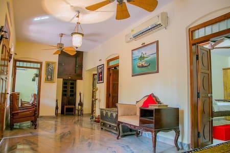 Trium Heritage Villa - Chengannur