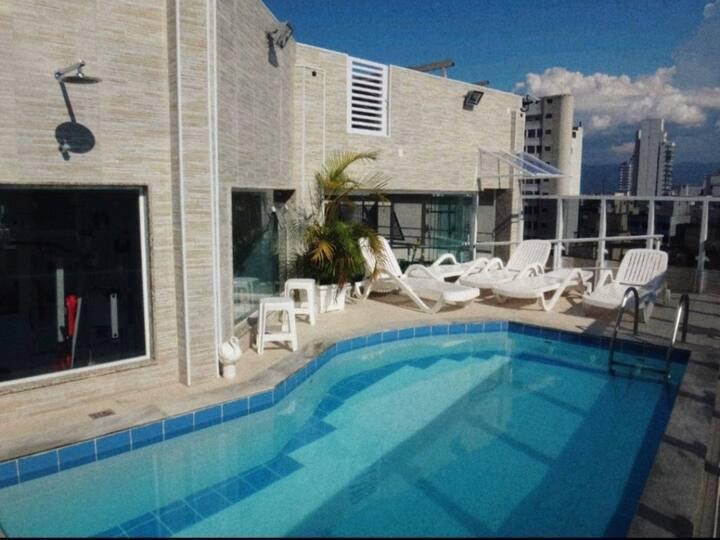 Flat em Santos-SP - 1 dormitório. Bairro: Gonzaga