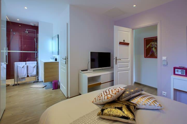 B&B BORDEAUX Bedroom Coté Vignoble