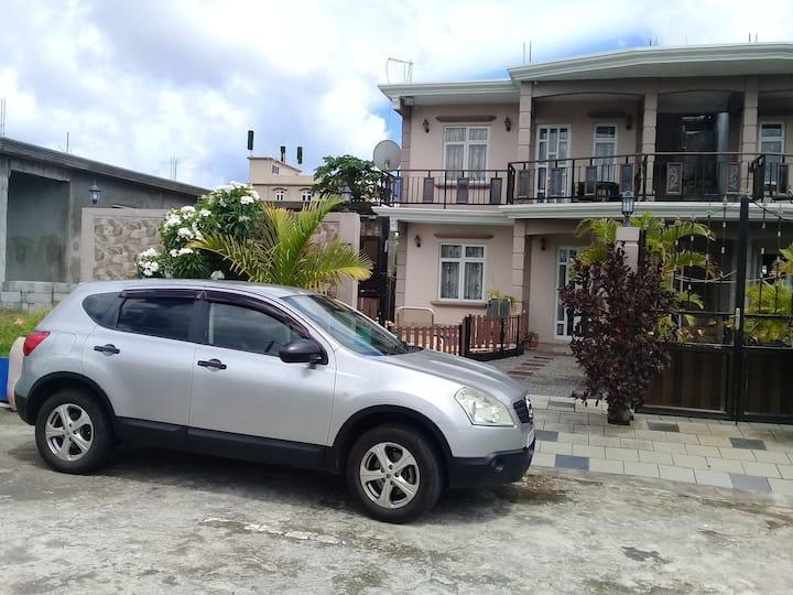 Fina Villa, Mont Choisy