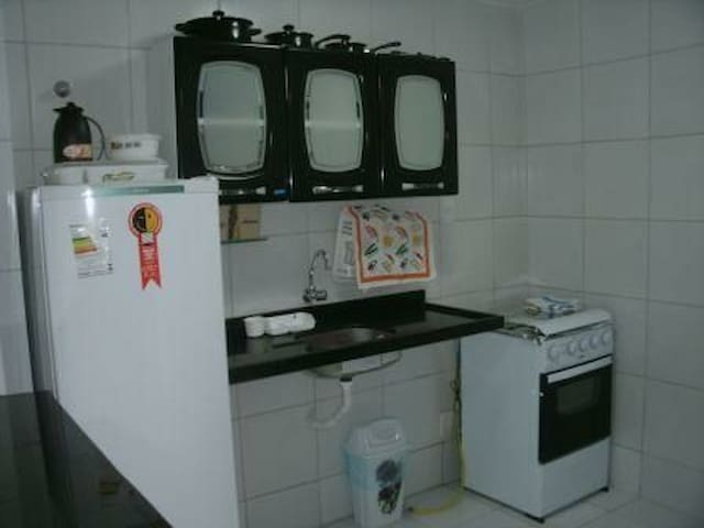 Apartamento com mobília em bairro Nobre