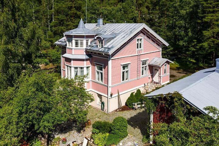 Villa Käpy Tampereella on kuin Muumi-talo