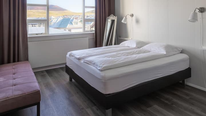 Guesthouse Hamar - Double or Twin Room with Private Bathroom