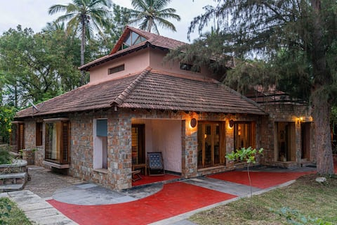 Captains Farm 3BHK- DISINFECTED BEFORE EVERY STAY