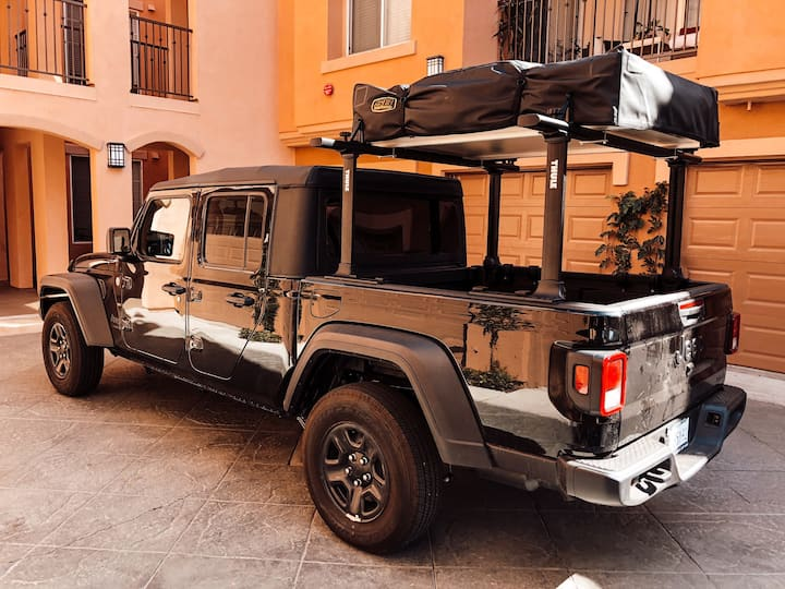 Glamping Jeep