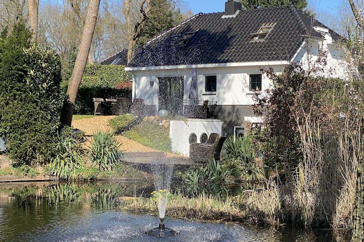 Luxurious Villa in Lunteren with Sauna