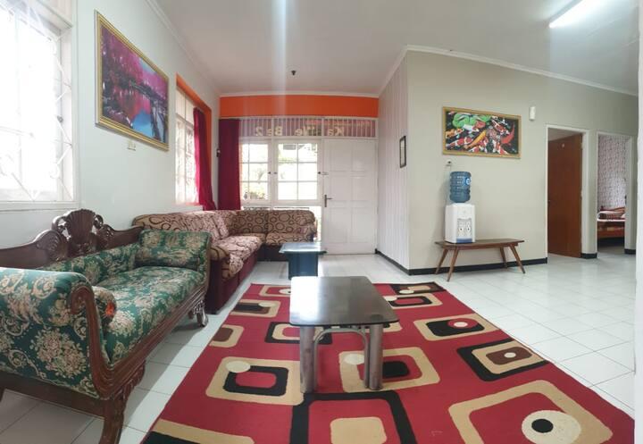 Villa Kawebe by Dadistay