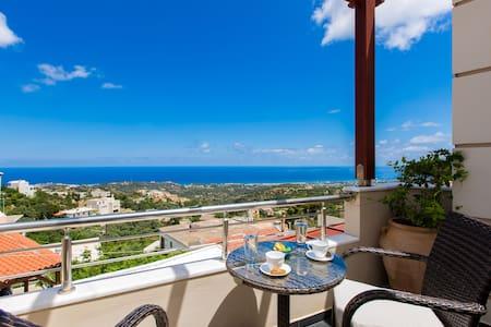 Relaxing Sea Views at Azure House, near Rethymno - Roussospiti - Casa