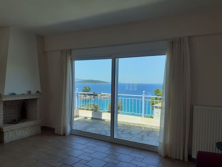 Sandy's view apartment in northern Evia