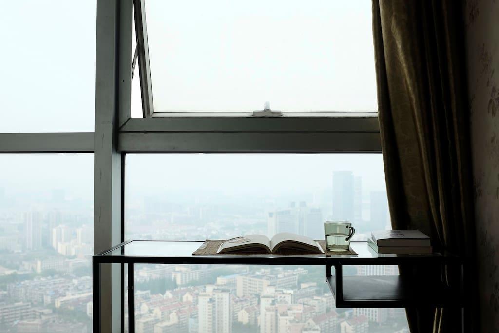 落地窗 光线充足 视野开阔
