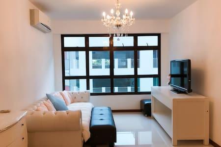 Vacation Apartment European Style - Singapore - Apartment