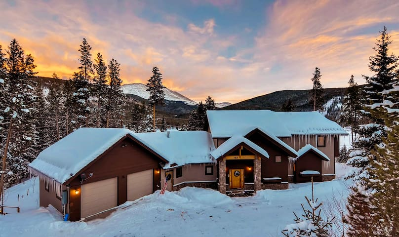Secluded Blue River Retreat Offering Spectacular Lake  Mountain Views - Grande View on the Blue as seen on HGTV