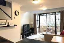 Sydney Little Hideout 1 Bedroom Loft Apartment