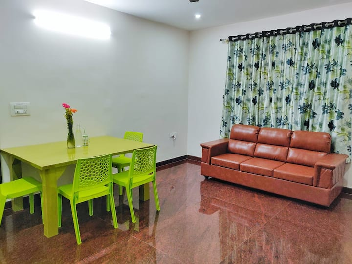 Entire 2 Bedroom Flat with Kitchen in JP Nagar