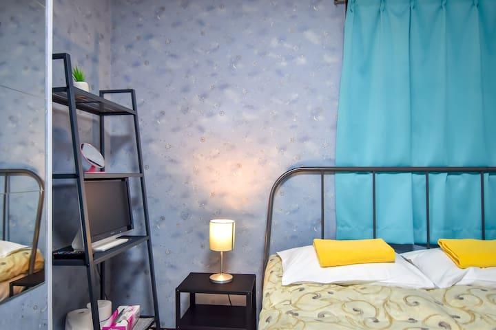 Near the Shinjuku :: Cozy Double Bed