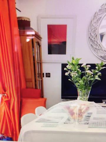 central modern ground floor flat - bo rang - Apartment