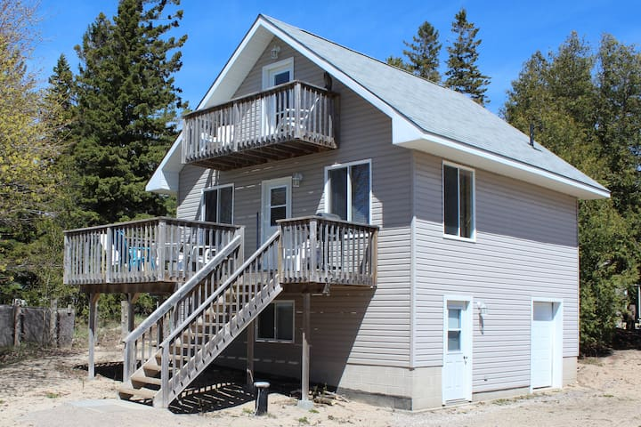 Sauble Beach Front Cottage 5