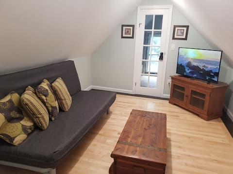 Apartamento recém-renovado perto do centro de Hudson