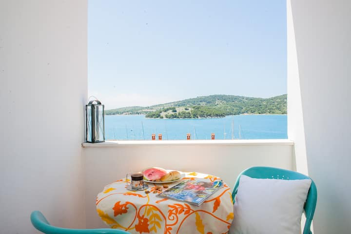 """Seaview"" Apartment Tisno - for 2 persons"