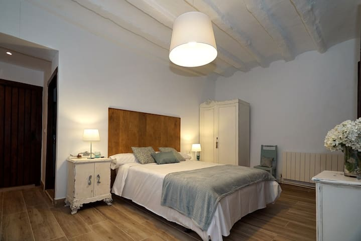 Habitación doble con baño y supletoria