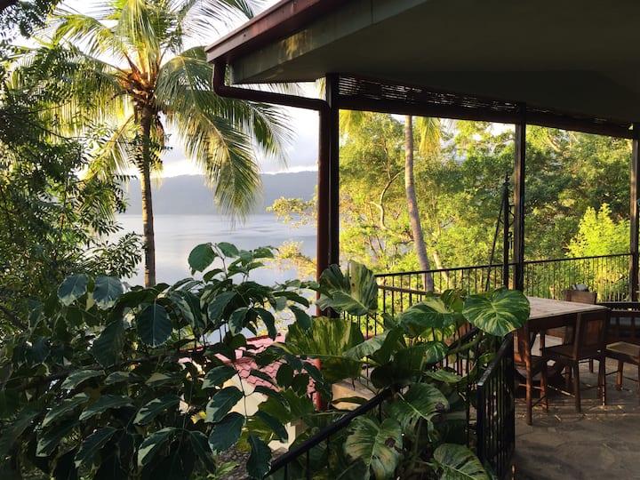 CASA LEGADO: Sweet Home on the Laguna