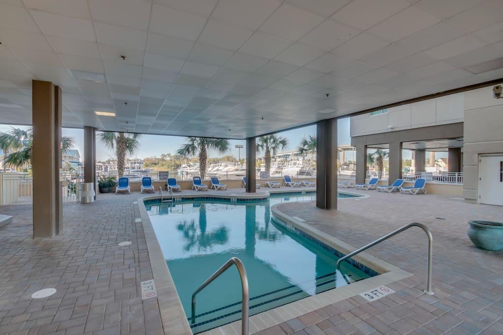 Pool,Water,Resort,Swimming Pool,Indoors