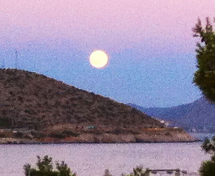 full moon veranda sea view