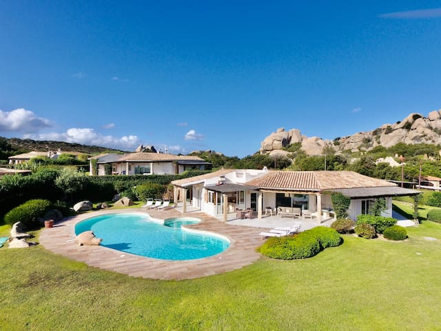 VILLA CAPRERA by KlabHouse-4BR Pool GardenSeaview