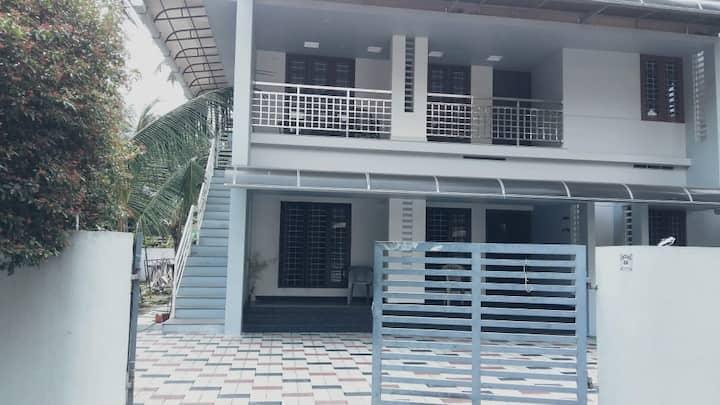 Furnished 3 BHK AC house near LuLu Mall,Edappally