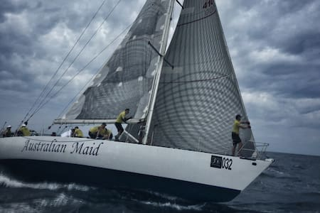 55ft Racing Yacht for Island Hopping Charters - ภูเก็ต