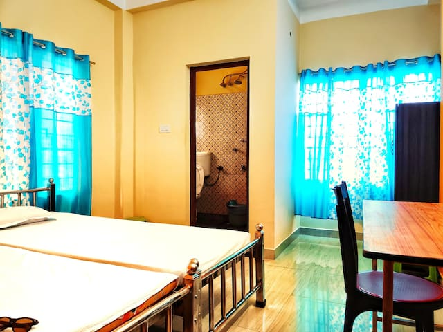 3) UShashee-- for 2 guests 1 room 2 single beds