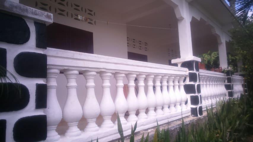 Chambre dans maison sécurisé Sada
