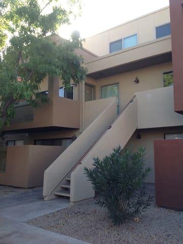 Spare bedroom in condo in south Scottsdale