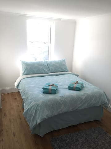 Double room next to Harbour! - Penzance - Byt