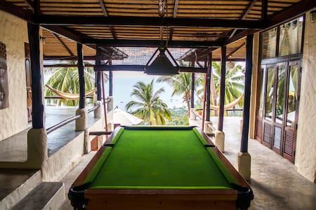 ISLA VIEW: jungle seaview villa 2BR, up to 6 pax - Ko Tao
