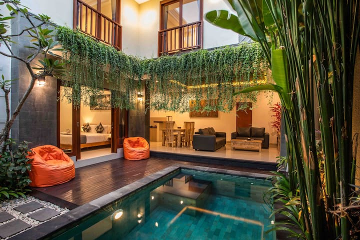 Sivart Villas Legian -Free transfers and breakfast