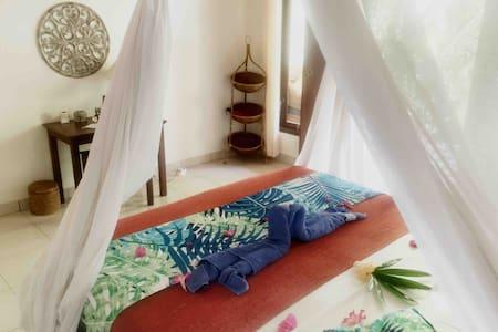 Private Room @ Mango Moon Pemuteran