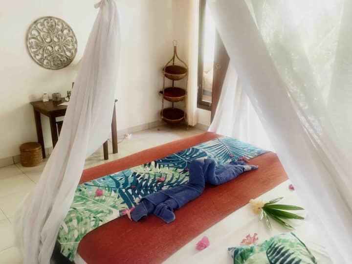 Private Room @ Pemuteran + Breakfast/noWiFi