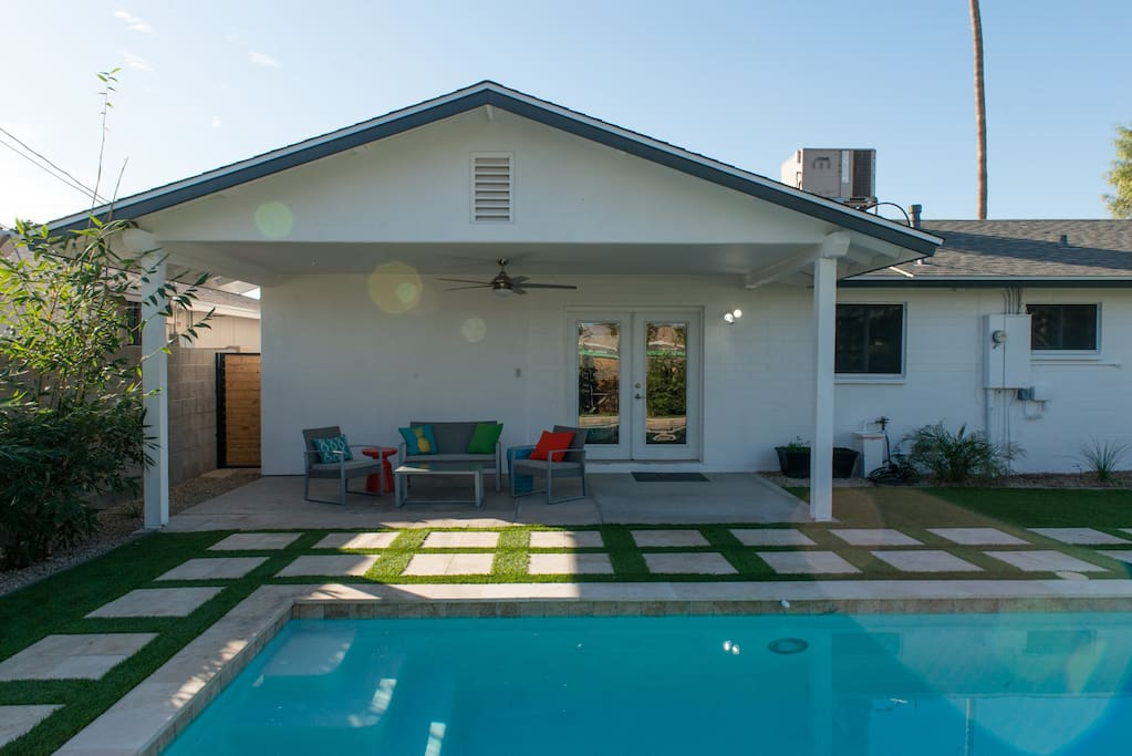 Large brand new back patio with huge fan to keep you the perfect temperature!