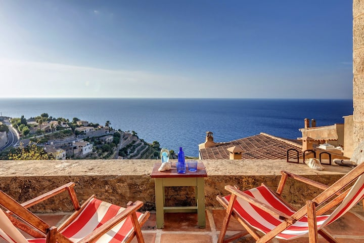 Charming House with great Sea Views in Banyalbufar