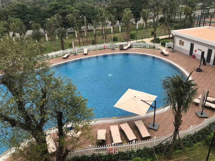 LuxStay Vinhomes Greenbay Gym Pool free