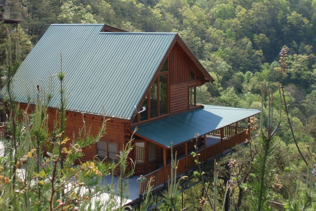 Beautiful cabin with amazing views cabins for rent in for Large cabin rentals in tennessee